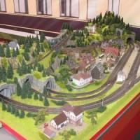 Modellbahnanlagen mit Faller gestalten